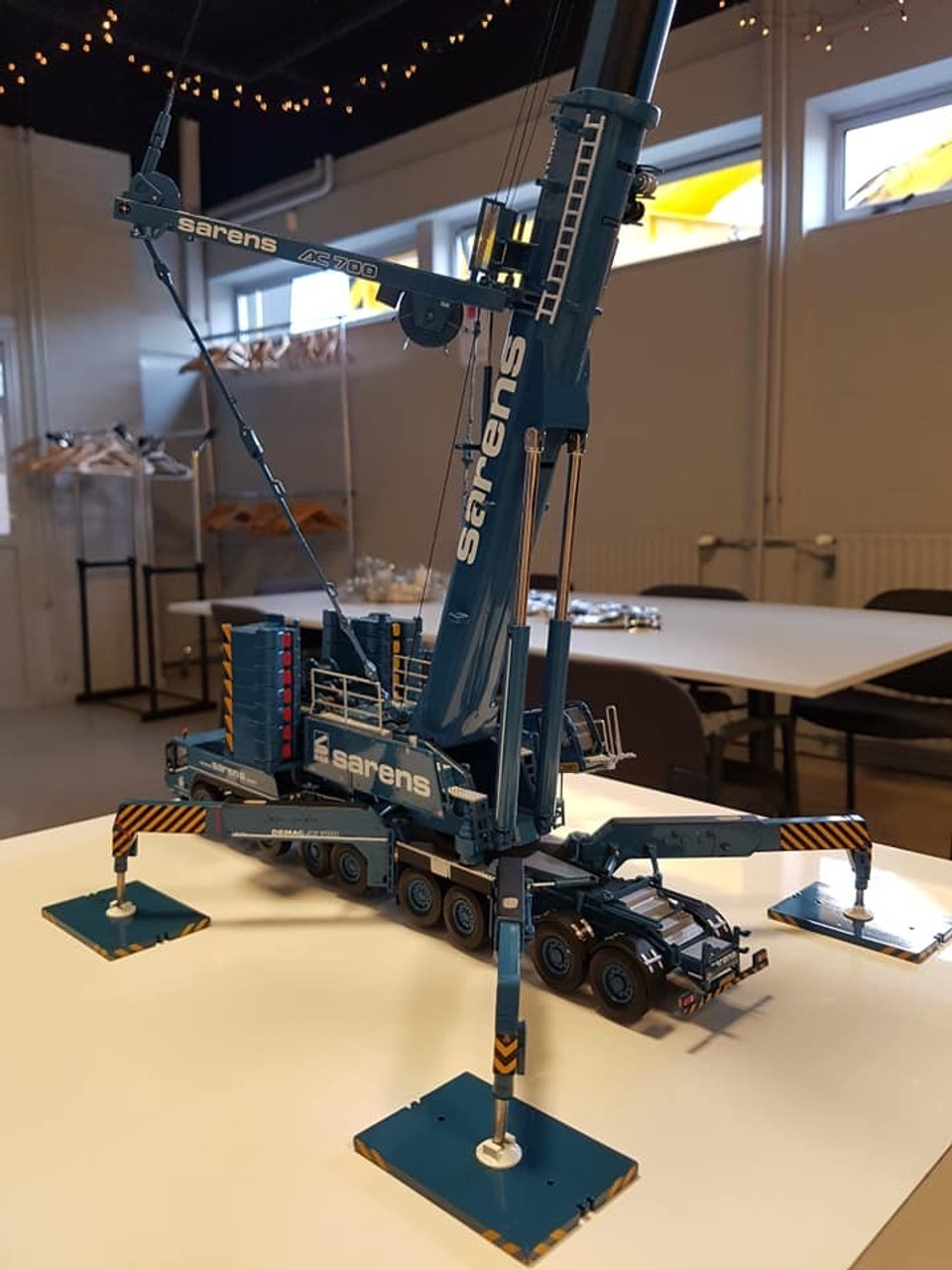 Demag AC700-9 Mobile  - Sarens