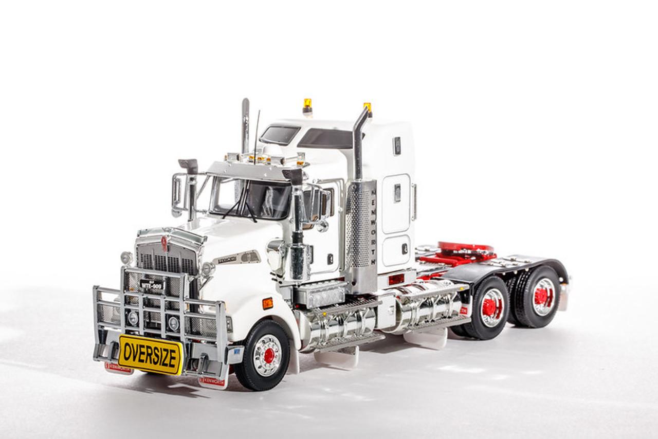 Kenworth T900 Legend - White w/ Red