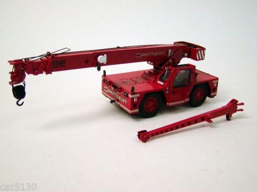 Shuttlelift 5540F Carrydeck Crane - Red