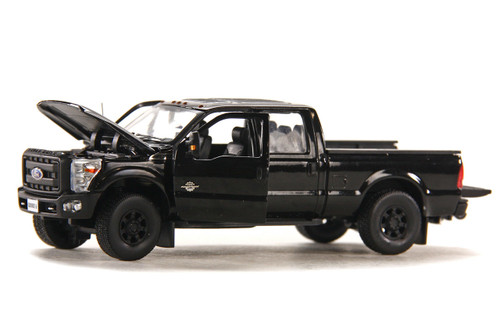 Ford F250 Pickup Truck w/Crew Cab & 6ft Bed - Black/Black