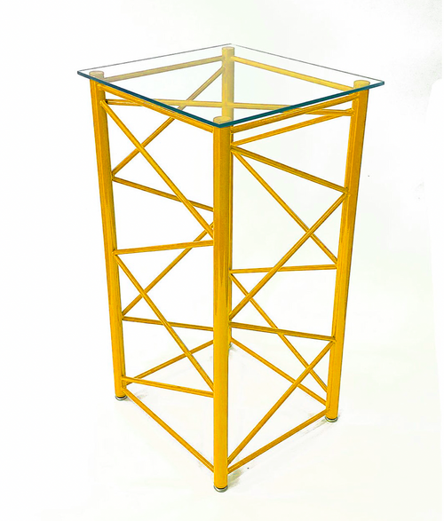 Vertical Lattice Boom Section Display Table - Liebherr Yellow