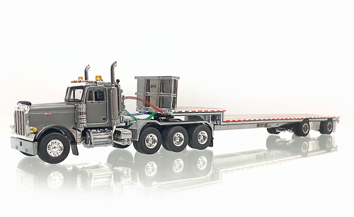 Peterbilt  379 with Drop Deck - Silver