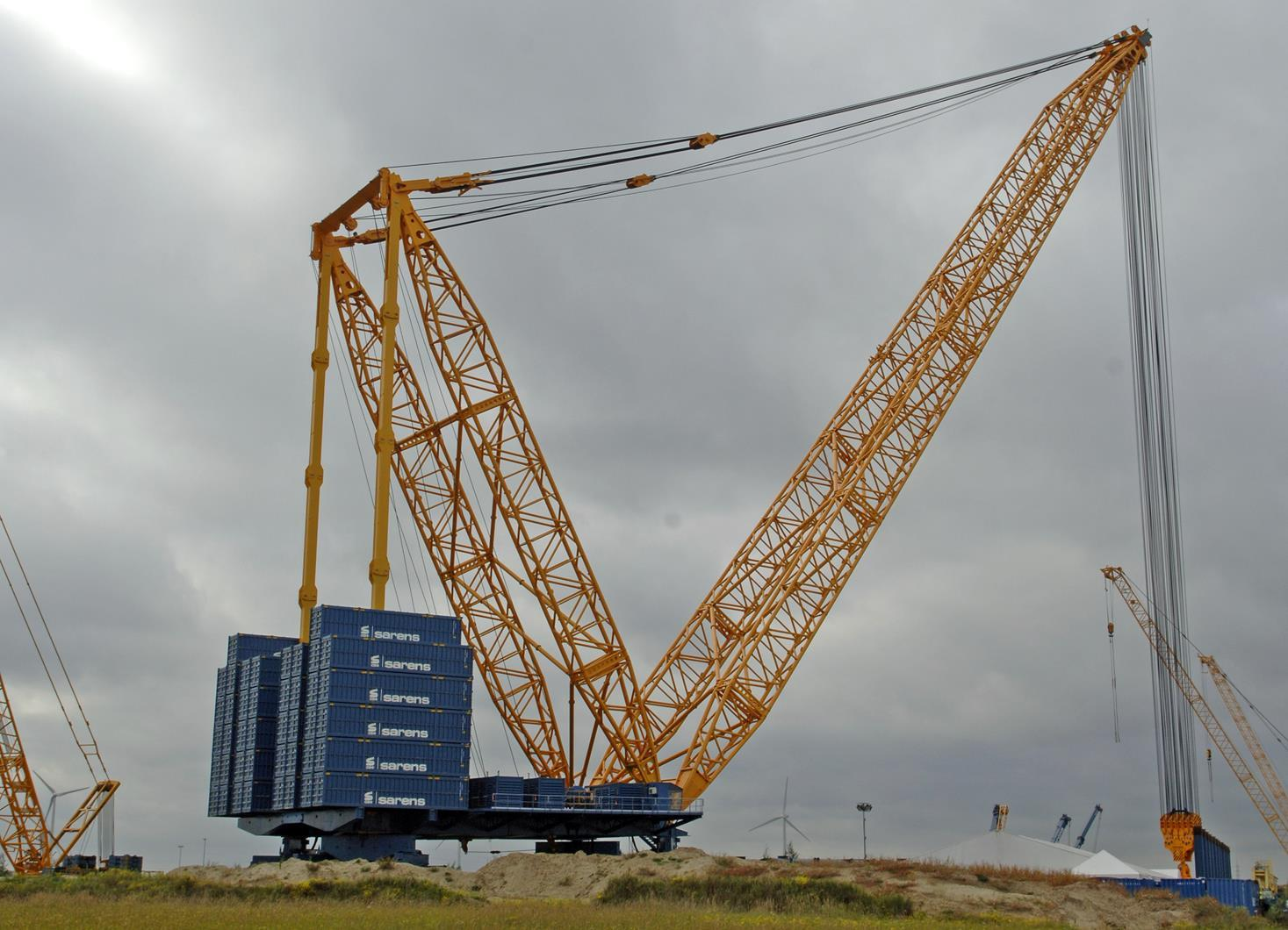 Take A Look At Those Counterweights!