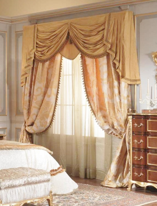 Swags & Tails Curtain Treatment