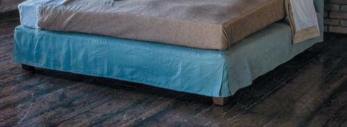 Hampton Bedskirt, Linen