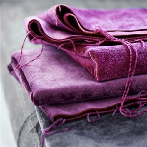 Vintage weathered velvet Pinks