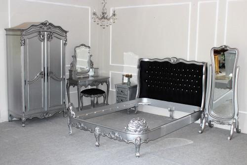 Hermes Baroque Bedroom Set, Black And Silver