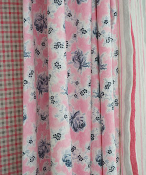 Country Curtain Panel, Wild Rose