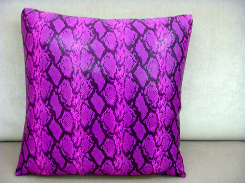 Snakeskin Throw Pillow Cover, Color Pink & Black