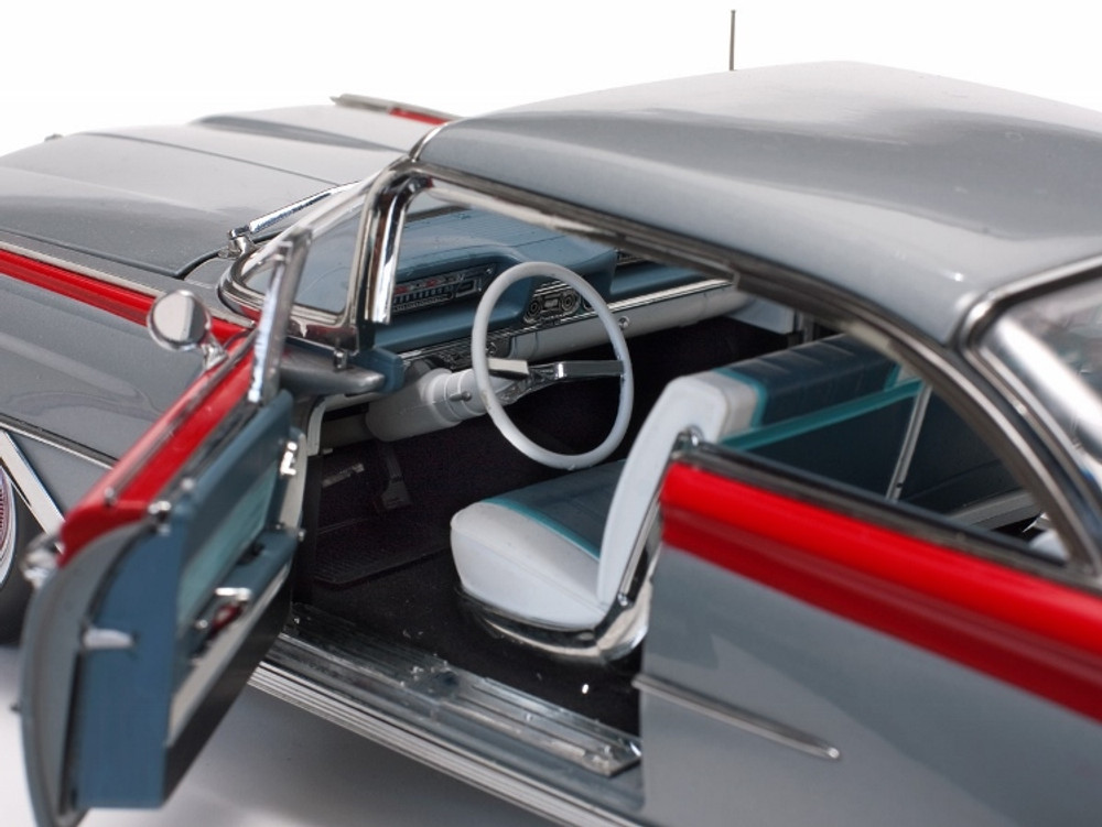 1959 Oldsmobile 98 Hard Top Silver Mist/Cardinal Red
