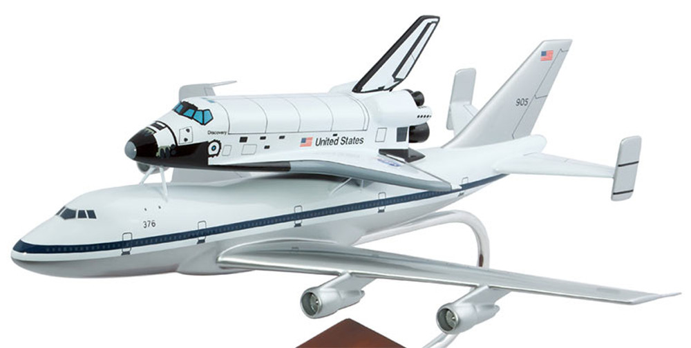 NASA B747 with Space Shuttle Model