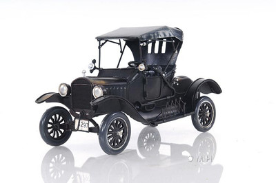 Ford Model T in Black