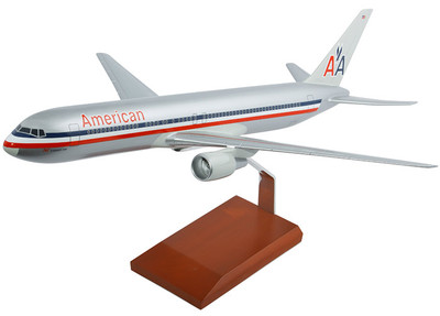 American Airlines Boeing 767-300 Model Airplane