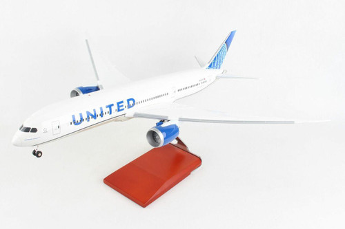 Skymarks United Airlines Boeing 787-9 Dreamliner with Gear