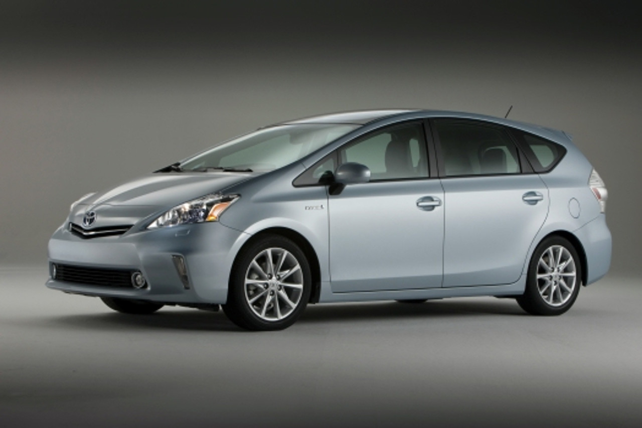 Toyota Prius V (2012-Present) Seat Brackets