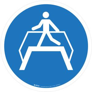 Use Footbridge Mandatory - ISO Floor Sign