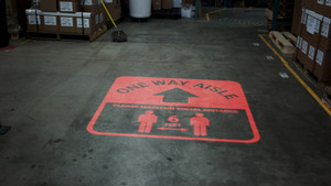 One Way Aisle - Please Maintain Social Distance with Icon Red - SignCast S200 Virtual Sign