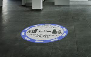 Social Distancing Bilingual Casino Blue - SignCast S200 Virtual Sign
