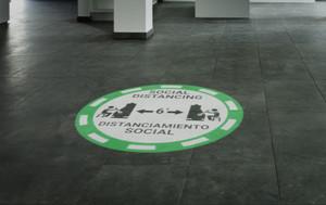 Social Distancing Bilingual Casino Green - SignCast S200 Virtual Sign