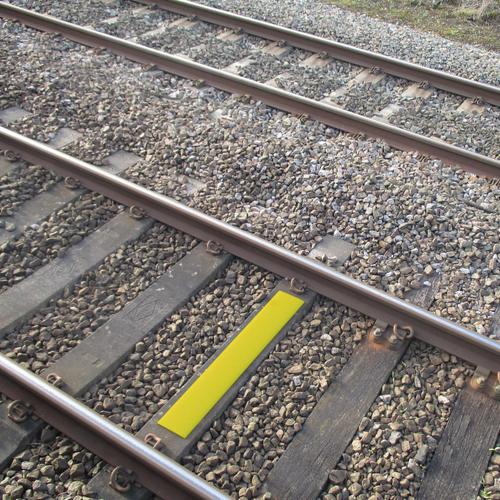SafetyTac®  2.0 Railroad Track Clearance Marker