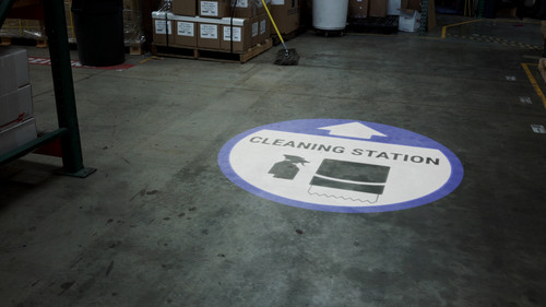 Cleaning Station Arrow with Icon Blue - SignCast S200 Virtual Sign
