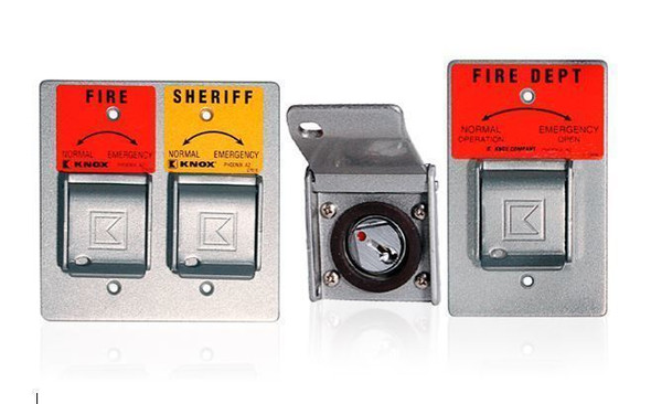 Eliminate the barriers that delay emergency response. Knox Gate & Key Switches and Padlocks facilitate rapid access through perimeters for safer, faster emergency response.