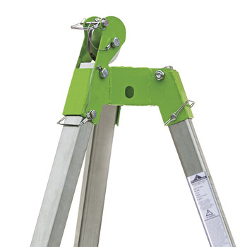 TR-100 7' (2 M) Tripod With Chain And Pulley | Safetywear.ca