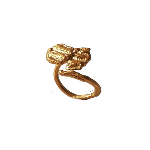 Stackable Bee ring, can be stacked with another Bee ring and make as statement