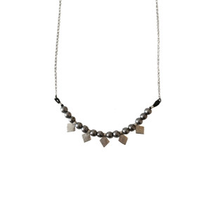 Boho style necklace with chain an tiny rhombi charms