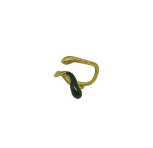 Black Mamba RIng , contemporary jewelry design inspired by ancient Greece