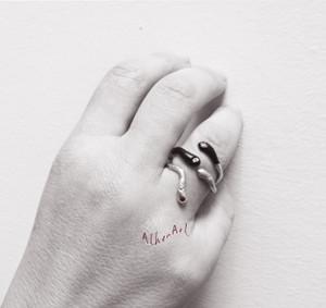 Greek Jewelry designers, greek jewellery,schmuck,contemporary ring,snake