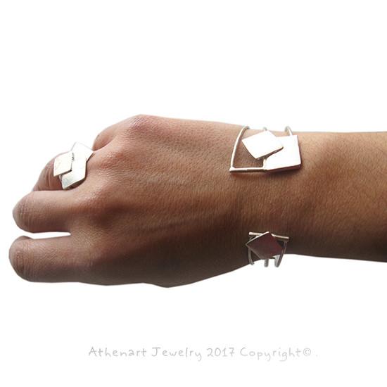 minimal silver jewelry