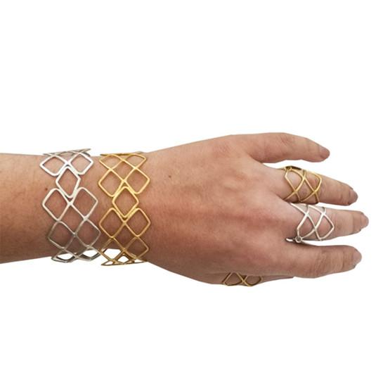 Κοσμήματα Ελλήνων σχεδιαστών, Ελληνικό κόσμημα, γεωμετρικά σχεδια