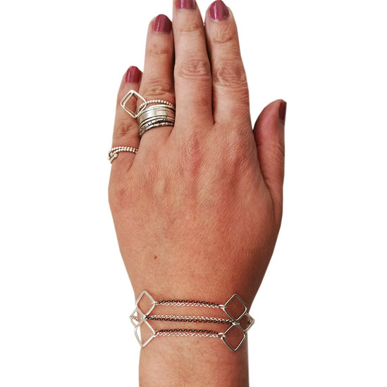 Chain Bracelet wirh our Arrow motif|Contemporary bracelet |Designer bracelet