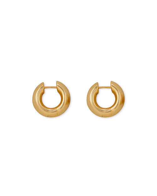 Mikki Huggie Earrings In Vintage Gold