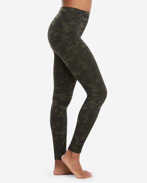Look At Me Now Seamless Green Camo Leggings