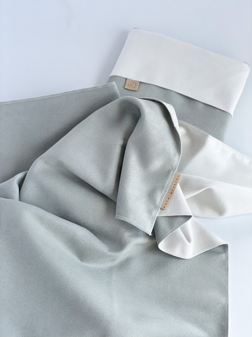 Styling Mats - double side (sage/white)