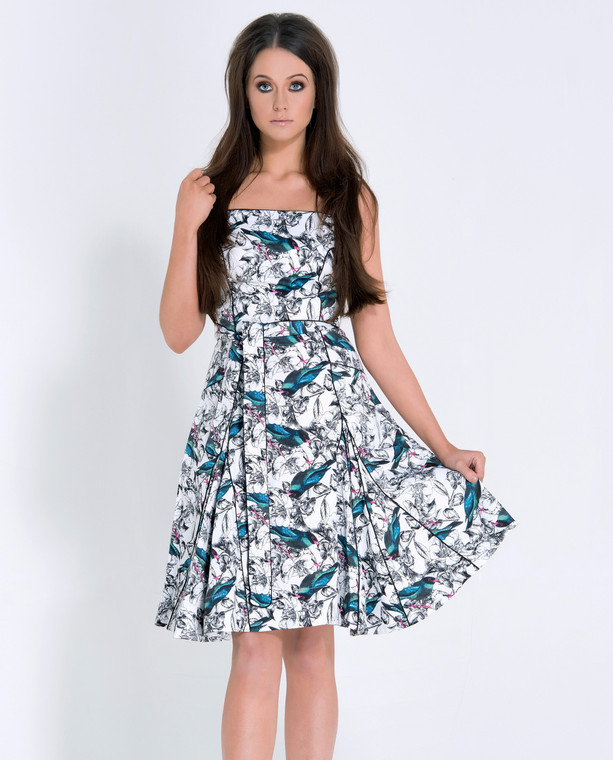 Lagom Chicago Dress Bird Print front view, worn by model on grey background