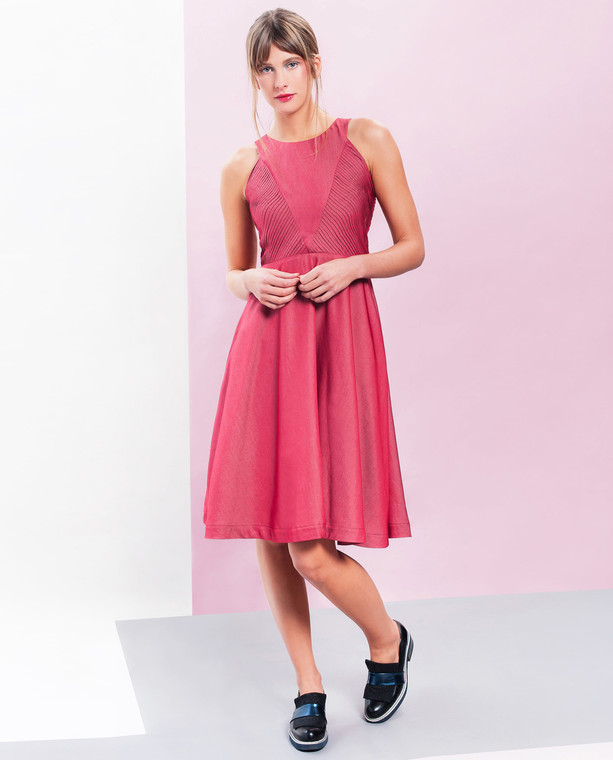 Lagom Lavinia Dress Red front view on model on coloured background
