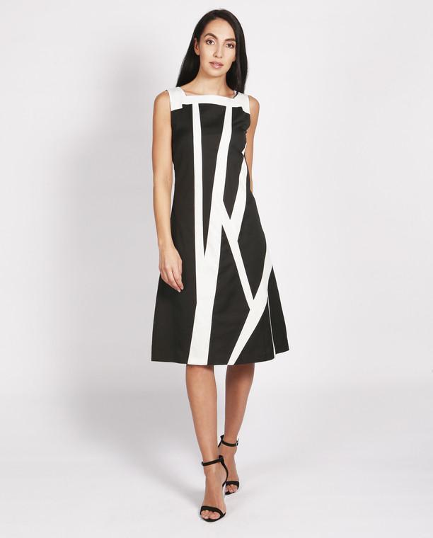 Lagom Manhattan Dress front view on model on grey background