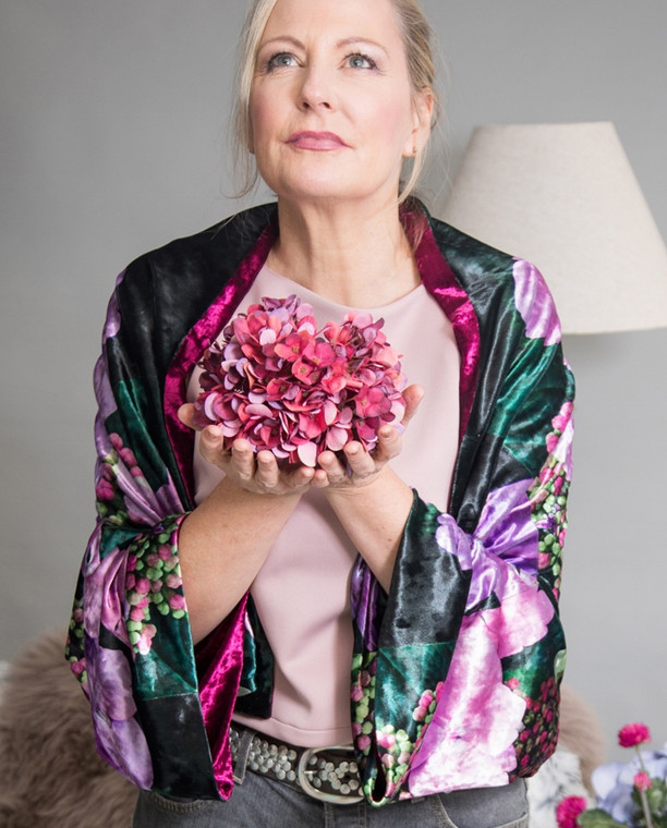 Luxurious Velvet Print Kimono Jacket in reversible style with Hydrangea print by sustainable label From My Mother's Garden