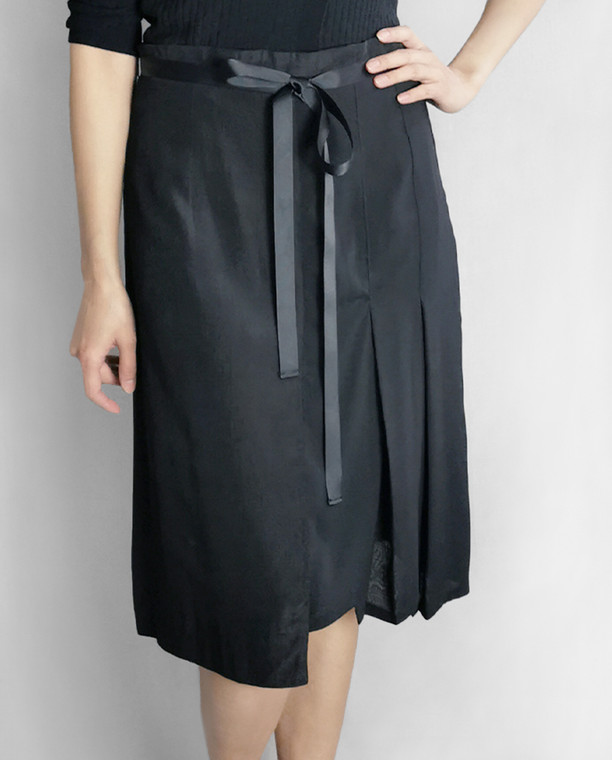Chelsea Pleated Skirt in Black Cotton Blend with Ribbon Belt