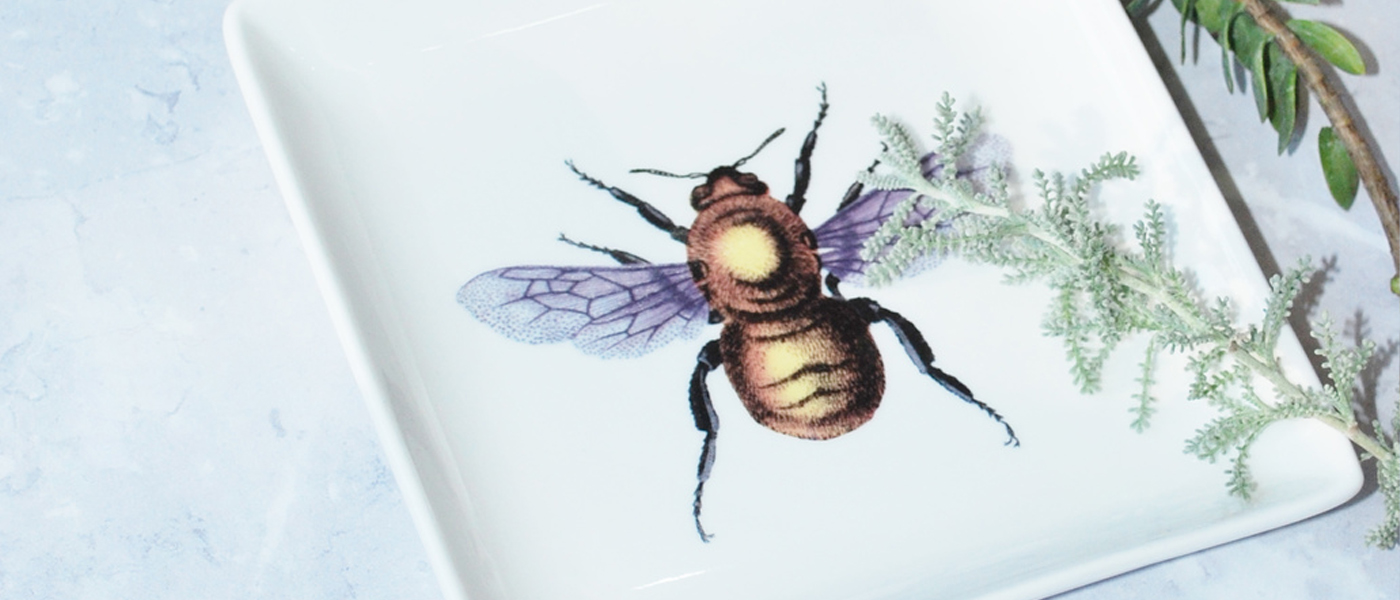 lagom bee jewellery tray