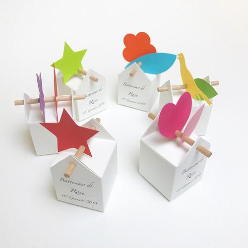 Kit simpatico personalizzato : 10 bomboniere personalizzate ed etichette allegre