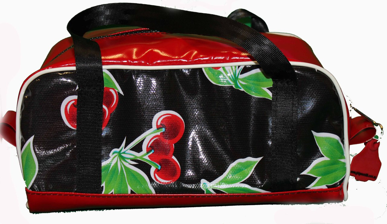 Shampoo Wet Pack Oil cloth Australian Made 32cm L x 15cm H x 17cm W