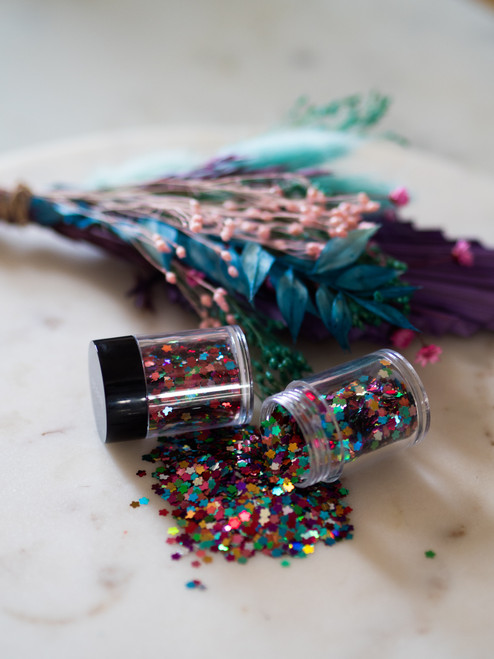 August 2021 Giveaway Glitter (IM YOURS)