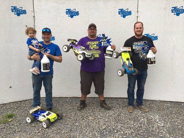 Flash Point R/C sweeps the podium at LCRC's Party Rock Race!