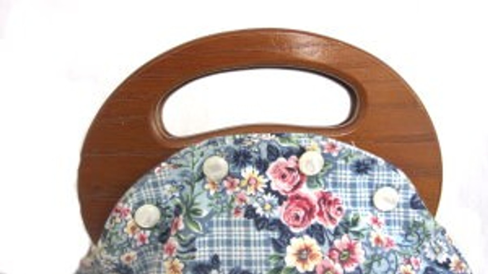Vintage Bermuda Handbag with Wooden Handles
