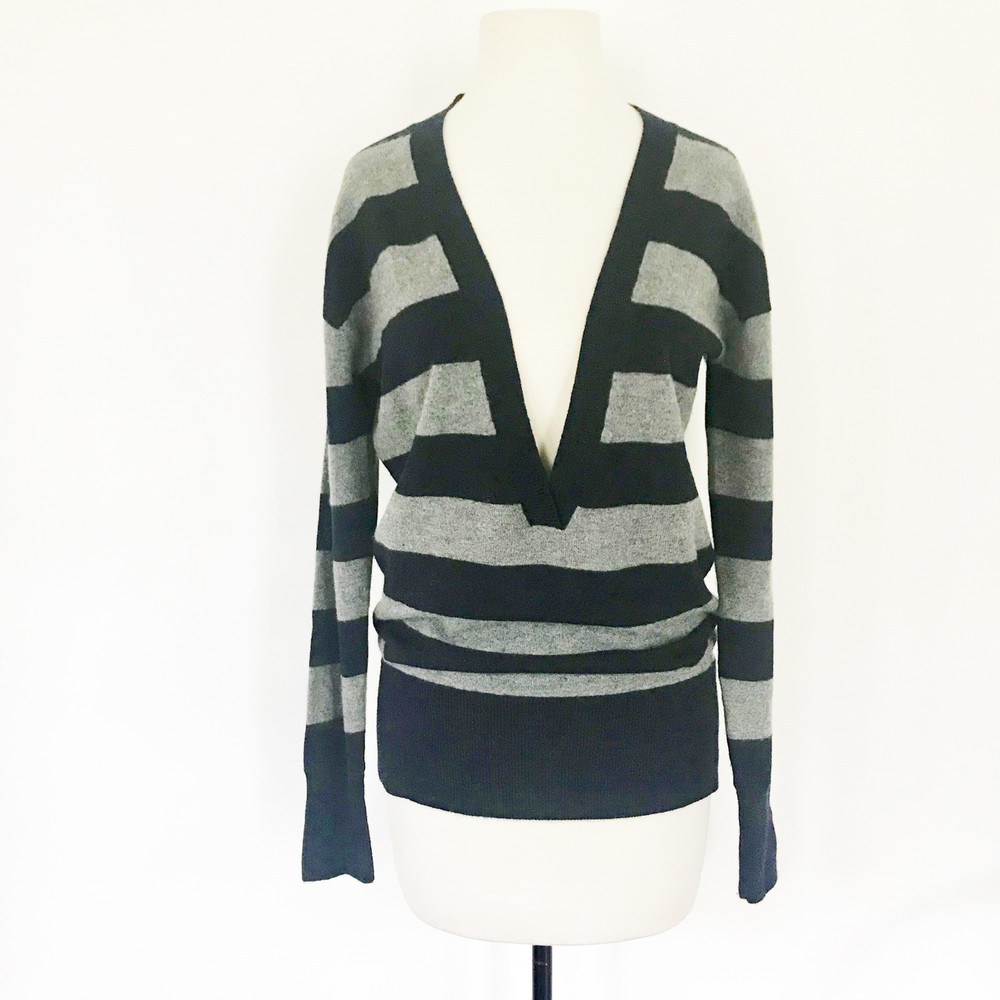 Vince 100% Cashmere V Neck Striped Sweater
