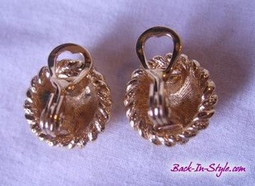 Gold rope knot ear clips